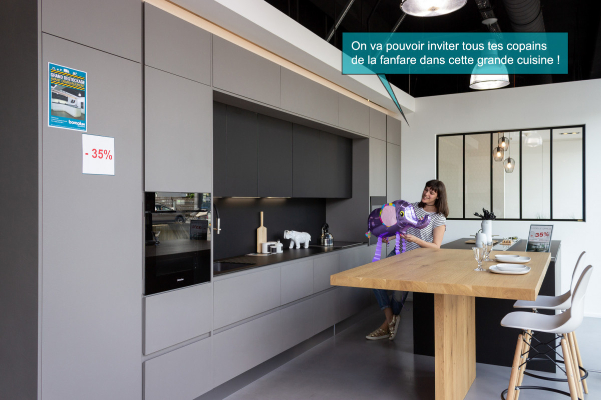 d stockage cuisine quip e. Black Bedroom Furniture Sets. Home Design Ideas
