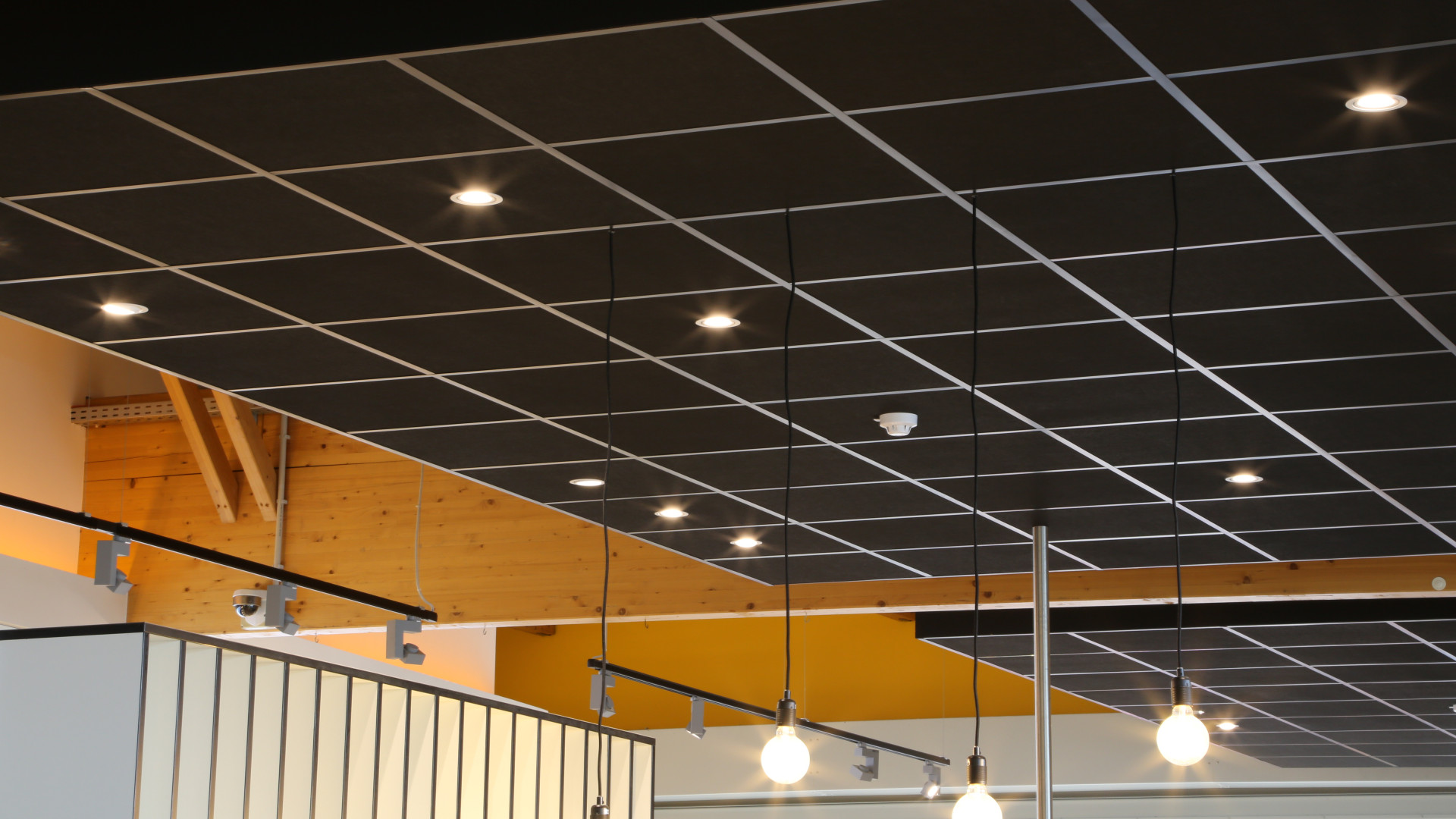 Faux Plafond Suspendu En Dalles Isolantes bamolux pose votre plafond suspendu au luxembourg